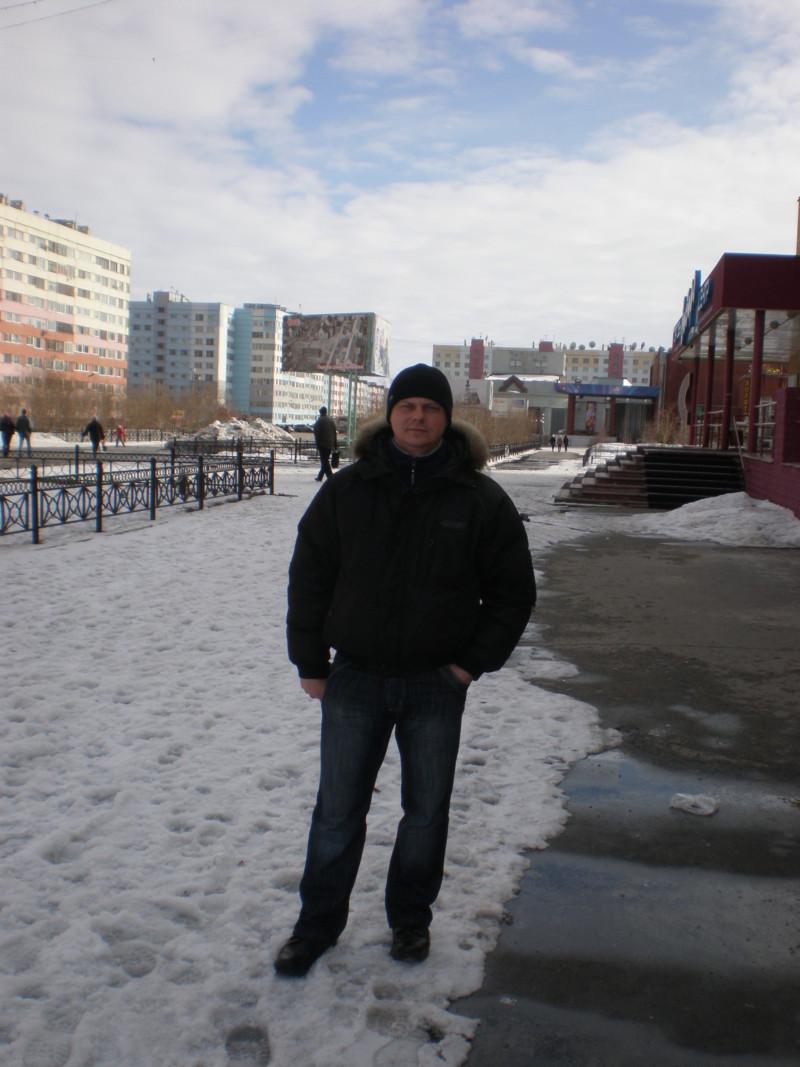 Снегирев