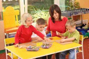 воспитатель детского сада